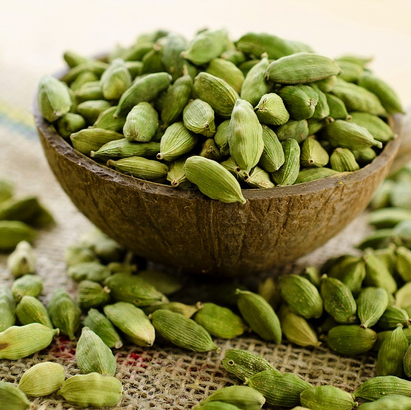 Cardamom Organic Essential Oil 2