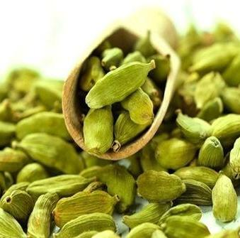 Cardamom Organic Essential Oil 3