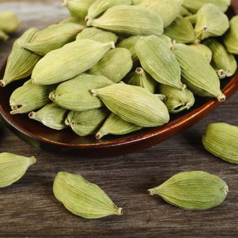 Cardamom Extra Floral Absolute Oil  4