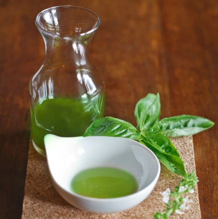 Sweet basil Oil  5