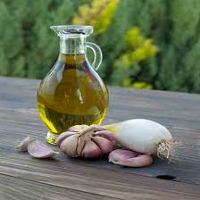 Garlic Essential Oil 4