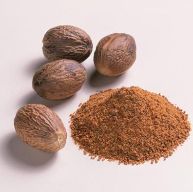 Nutmeg India Essential Oil 2