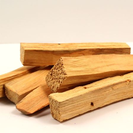 Palo Santo Essential Oil 2