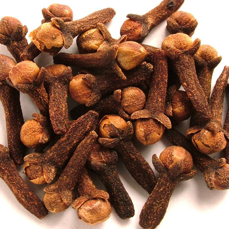 Clove Bud India Essential Oil 1