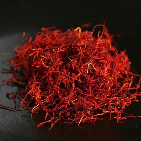 Zafran Attar (Kesar) (Saffron)